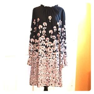 NWT CeCe Floral Long Sleeve Dress. Size 8